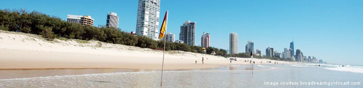 red yellow flags broadbeach